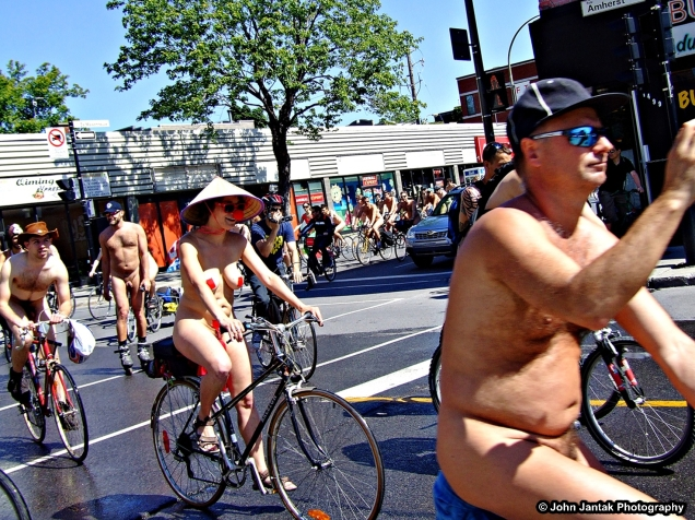 World Naked Bike Ride Montreal - 2012. Photo: John Jantak/Flickr